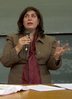 """<center>Maître Frédérique Menard-Serrand, avocate.» title=»<center>Maître Frédérique Menard-Serrand, avocate.» class=»caption» data-description=»<center>""""<em>On se heurte aujourd'hui clairement à des manques: manque de moyens, manque d'outils, manque de formation.</em>""""» align=»right» /><em>Frédérique Menard-Serrand, avocate</em></p> <p><strong>«<em>La prostitution</em> </strong>a changé de visage ces dernières années, avec l'explosion des réseaux et l'arrivée de personnes étrangères. <strong>Sans réduire la question de la prostitution</strong> à la seule traite, on s'aperçoit qu'en France, on est démunis dans ce domaine. Les dossiers sont attaqués sous l'angle du proxénétisme. Aucune condamnation n'a jamais été prononcée, à ma connaissance, pour """"<em>traite à des fins de prostitution</em>"""".</p> <p>Il y a pourtant en France un outil juridique, une incrimination de traite, mais on a l'impression d'un texte fourre-tout, surtout rédigé pour se conformer aux engagements internationaux. <strong>On y dénonce de grands principes mais on ne dispose pas d'outils concrets</strong>.</p> <p><strong>Pendant ce temps, les réseaux sont bien implantés, ils savent s'adapter et jouent sur les faiblesses de nos systèmes.</strong> Si on ajoute la maigreur des effectifs de l'Ocreth<span class="""